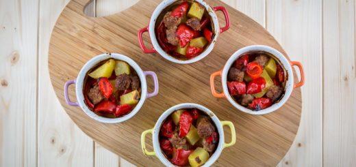 Cocottine-salsicce-patate-peperoni