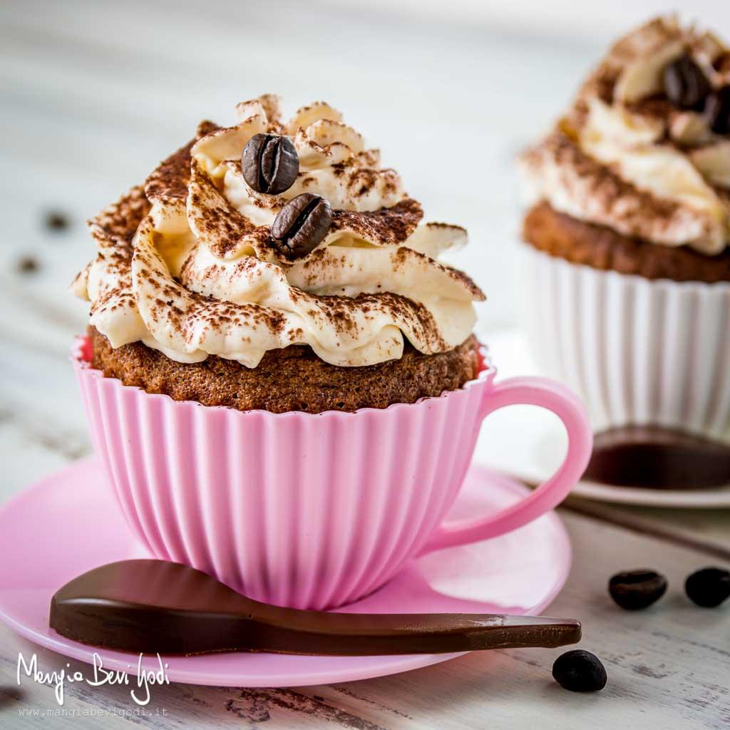 Cupcake alla Nutella con frosting al caffè