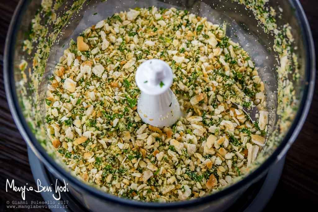Preparazione ripieno per maccarello in porchetta