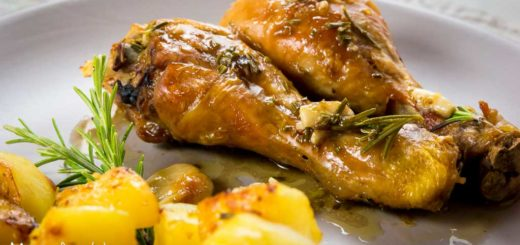 Cosce di pollo all'aglio e rosmarino