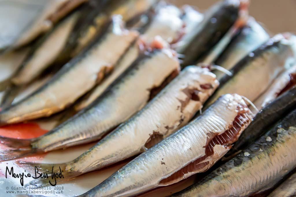 Piatto di sardine pulite (eviscerate e senza testa)