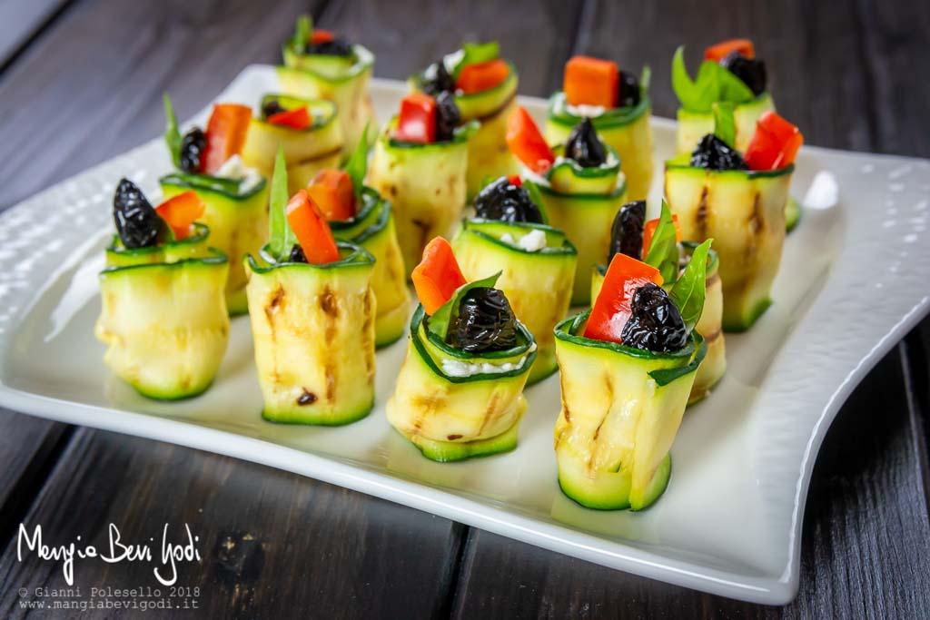 Rotolini di zucchine e philadelphia
