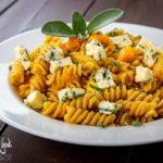 Pasta con zucca e gorgonzola