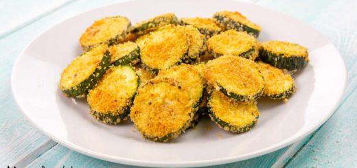 Chips di zucchine al parmigiano al forno