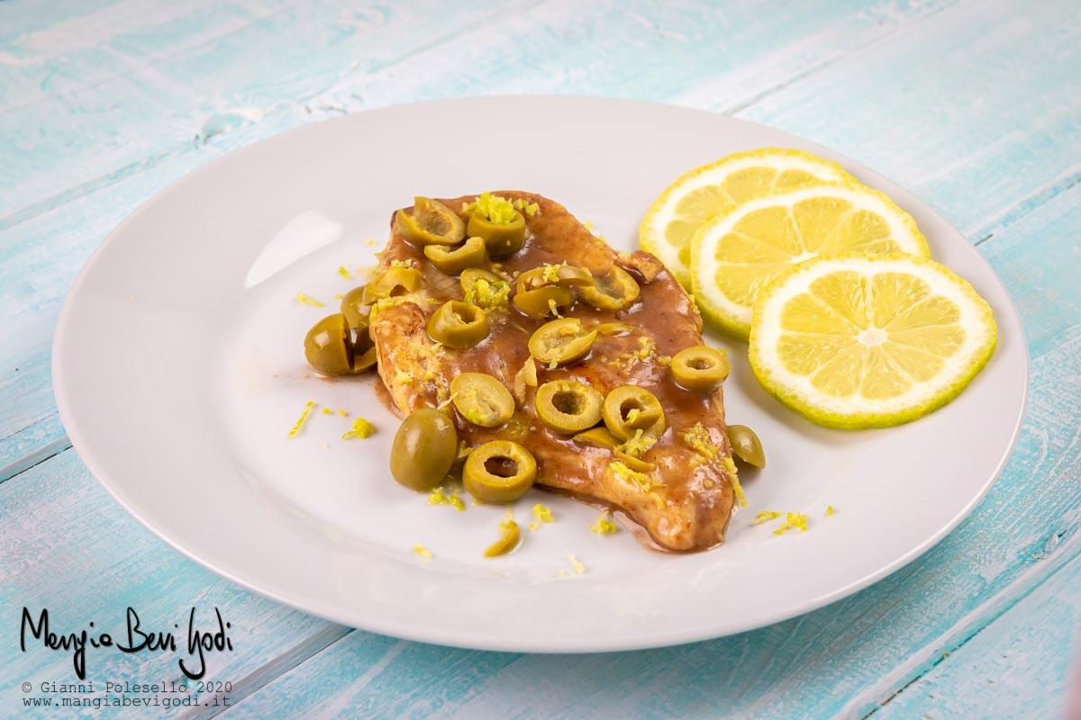 Petto di pollo alle olive e limone