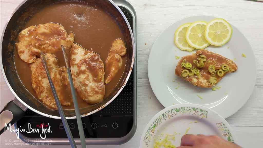Cottura petto di pollo alle olive e limone