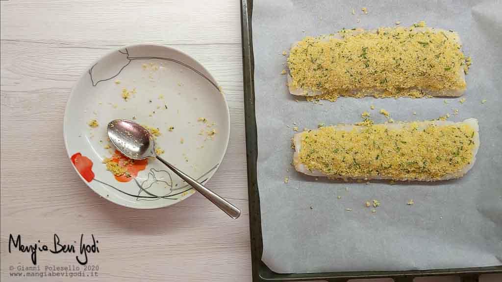 Cottura merluzzo gratinato al forno al limone e rosmarino
