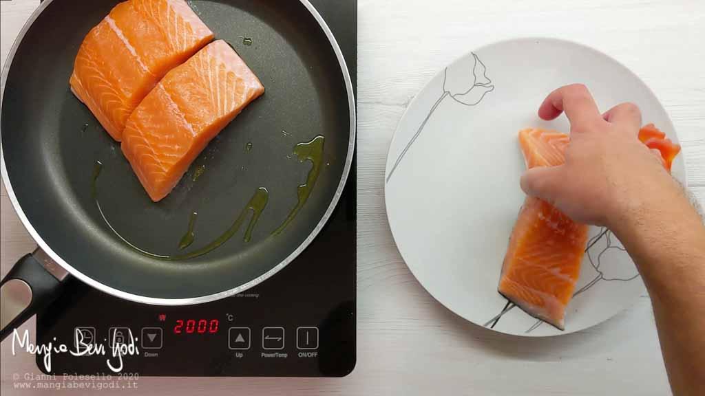 Cottura salmone in padella