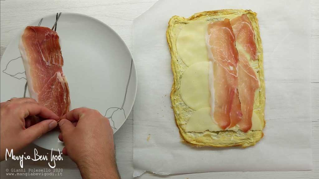 Farcire la frittata con radicchio di Treviso, speck e provola