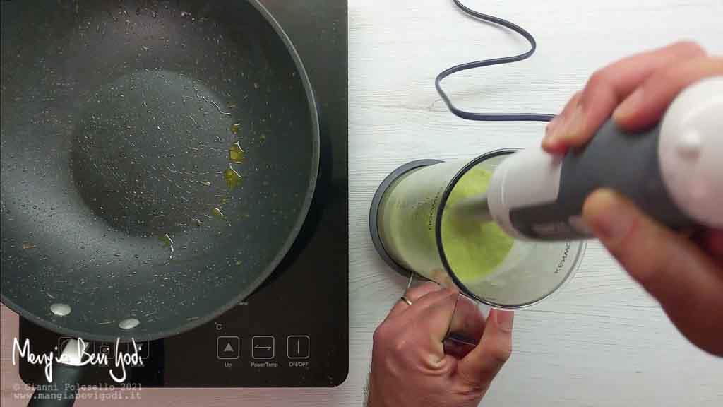 Frullare gli asparagi