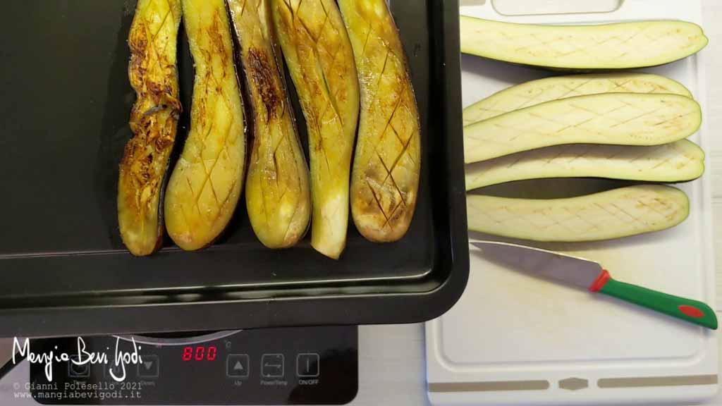 Teglia da forno con melanzane