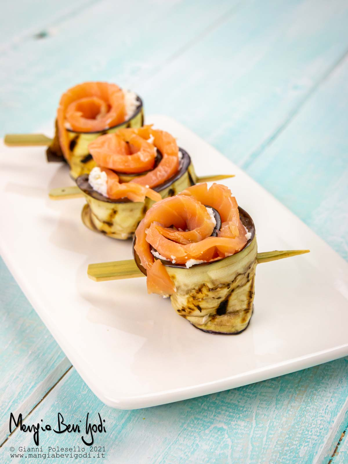 Involtini di melanzane e salmone