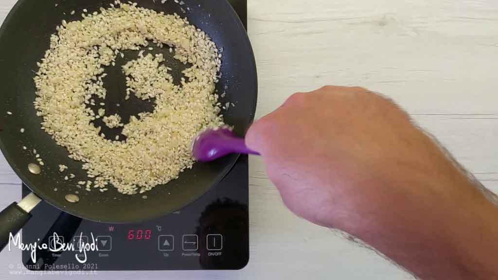 tostare il riso